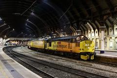 37175 1Q64 york station 12.11.2018 (Dan-Piercy) Tags: colasrail class37 37175 york station plt5 1q64 derby rtc nevillehill via scarborough testtrain ecml