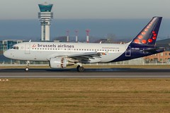 BRU 26/12 (Mehdi Meunier) Tags: aviation airport airplane airbus airlines airplanes avion air airways brussels spotter spotting spotters planespotting planespotter planes bruxelleairport