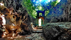 Hoi An Marbe Mountains (gerard eder) Tags: world travel reise viajes asia southeastasia vietnam centralvietnam marblemountains hoian mountains montañas gebirge berge trail outdoor