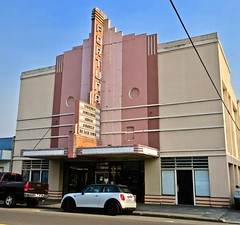 Fortuna Theatre, Fortuna, CA (Robby Virus) Tags: fortuna california ca theatre theater marquee neon sign signage cinema movies movie