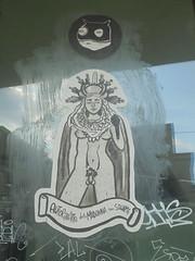 autoritratto della madonna con squame (en-ri) Tags: guerrila spam nero bianco grigio testa head torino wall muro graffiti writing manifesto poster madonna
