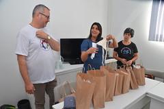 Entrega de Bolsas Artesanais (Prefeitura de Caraguatatuba) Tags: entrega bolsas artesanais caraguá caraguatatuba