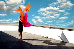 In terrazza (meghimeg) Tags: 2018 genova terrazza foulard vento wind terrace donna woman ombra shadow sole sun