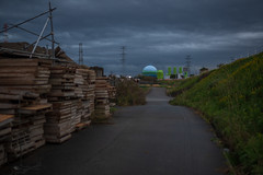 Board and ball. (Yasuyuki Oomagari) Tags: evening twilight tank green countryside country nikon d850 zeiss distagont1435 japan kyushu fukuoka 日本 九州 福岡 landscape 風景写真 道路沿い 道路