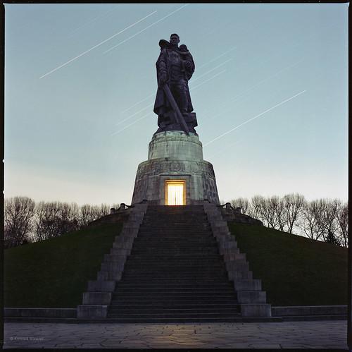 Sowjetisches Ehrenmal (Januar)