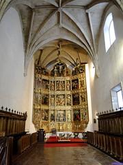 Monasterio de Cañas (santiagolopezpastor) Tags: espagne españa spain castilla rioja larioja medieval middleages monasterio monastery retablo altarpiece gótico gothic cister cisterciense ábside apse