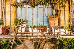 Marzamemi (fede_gen88) Tags: sicilia sicily italia italy nikond7200 nikon marzamemi bicycle balcony