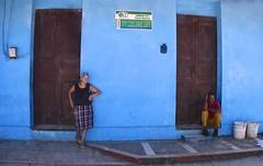 Cuba- Baracoa (venturidonatella) Tags: cuba baracoa street strada streetscene streetlife persone people colori colors nikon nikond500 d500 attesa azzurro blue celeste porte doors door porta caraibi caribbean