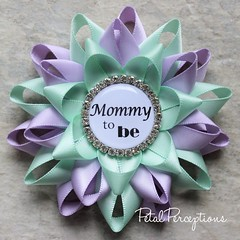 Gender neutral lavender and mint #baby shower pins! These make a great keepsake gift for your loved ones. #genderreveal #babies https://t.co/3Hto26gntO https://t.co/QM2kqsCQqc (petalperceptions.etsy.com) Tags: etsy gift shop fashion jewelry cute