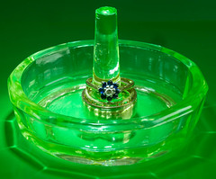 MM - Green - Ring Holder (Julian Chilvers) Tags: jewellery glass green macro macromondays collectable
