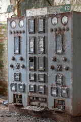Power Station Control Room (scrappy nw) Tags: abandoned scrappynw scrappy derelict decay canon canon750d controlroom england rotten rusting interesting industrial industry urbex ue urbanexploration urbanexploring uk manchester salford agecroft