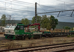 Spanish ADIF track & service car No. 92.71.6000.456-4 at Andujar on 18 Oct 2018 (Trains and trams eveywhere) Tags: renfe train diesel coco spain espana andujar station trackmachine trackandservicecar departmental contractor locomotive