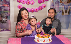 Caitlyn the Birthday Girl (kuntheaprum) Tags: 50mm a7riii birthday caitlyn f14 family sigma sony vira