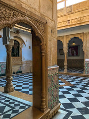 Palace Courtyard (shapeshift) Tags: in arch arches architecture asia carvedstone cityfort columns davidpham davidphamsf documentary fort fortcity historic history india iphone iphonephoto iphonephotography iphonex iphonexphoto iphonexphotography jaisalmer livingfort rajasthan sandstone shapeshift shapeshiftnet silkroad silkroute southasia travel unesco unsecoworldheritage worldheritage