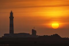 Ouessant, Coucher de soleil au créac'h (cedric.cain29) Tags: cedriccaïn ouessant îledouessant iroise bretagne finistère phare lighthouse pharedecréach nividic lumièresdouessant paysages bzh créach coucherdesoleil sunset