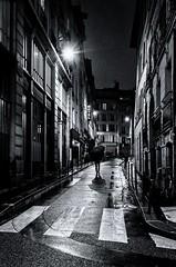 DSCF6947-Modifier-2 (christiandumont) Tags: streetphotography streetphoto streetlife street blackandwhite blackwhite bw nb noiretblanc monochrome nuit night rue paris ruedeparis x100f fujifilm