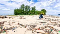 wasted paradise (Collin Key) Tags: paradise beach pollution plastic waste sulawesi gorontalo saronde whitesands palmtrees indonesia tropical island kwandang indonesien id happyplanet