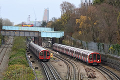 Central Line 91103 and 91347 (hassaanhc) Tags: londonunderground lul centralline 92ts