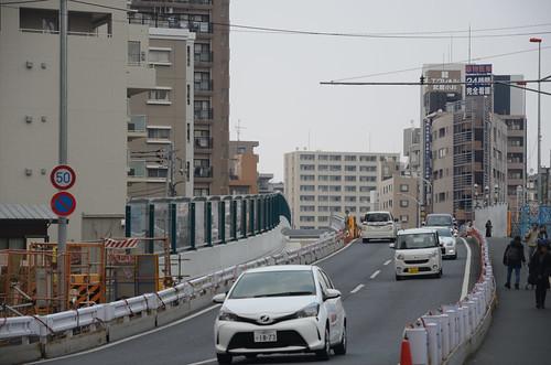 Tsunashima-kaido Bridge across JR Nanbu Line in 2017 March: 5