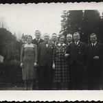Archiv R913 Familienfoto, 1930er thumbnail