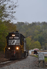 """Classics"" (Tristan_Miller) Tags: ns norfolk southern gp382 nw cpl color position light coeburn virginia"