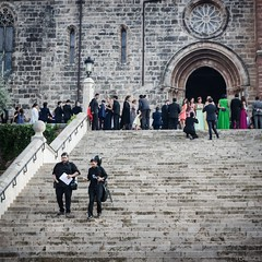 tocata e fuga (*BegoñaCL) Tags: musician wedding stairs church door dress stone old begoñacl think