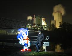 Sonic (Tobi Ku) Tags: sonic licht light lightpaint lightpainting kunst art lünen unna dortmund nrw kraftwerk powerplant kanal canal canon canoneos6d canon6d eos6d sigma sigmaart abend evening nacht night dunkel dark magilight