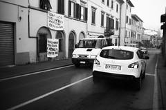 L1045659 (Daniele Pisani) Tags: lenzuola signa protesta smog traffico code file lastra nebbia fuomo fumo strada