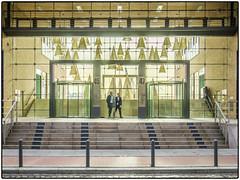nachher • »New Economy« (/RealityScanner/) Tags: germany deutschland hamburg camerarawentwicklung test fingerübung rettungsversuch building gebäude architecture architektur backlight gegenlicht sunshine sonnenschein shadow window türe door ausgang exit menschen people männer men guessedhamburg guessedbyjtklaus