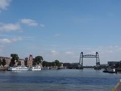 Rotterdam (M_Strasser) Tags: rotterdam olympus olympusomdem1 holland netherlands thehague denhaag