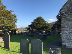 5399 Eglwys y Santes Fair - St Mary's Church - graveyard (Andy - Well busy - again) Tags: caerhunparishchurch ccc church churchyard eee eglwysysantesfair ggg graveyard graves headstones hhh parishchurch ppp sss stmaryschurch yyy