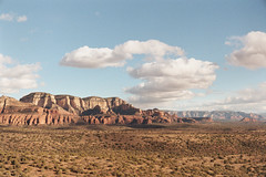 Sedona (wrenee.com) Tags: 2018 arizona desert kodakgc200 kodakgold leicam6 redrocks sedona