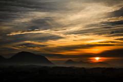 Atardecer en Llanes (cuetupuñu) Tags: llanes atardecer sunset sundown sol cielo sky skyline clouds cloudscape nubes landscape nature outdoors horizonte horizon mountains mountain asturias costa
