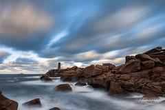 Ploumanac'h (fredericpecheux) Tags: ploumanach perrosguirec mer rocher granit rose bretagne breizh nuages phare canon nisi