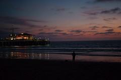 The ocean of light (ravenliu2333) Tags: california losangeles sony sonya7m2 zeiss 55mm people dusk ocean seaside sunset santamonica darklight streetphotography