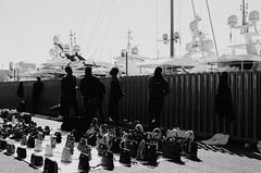 Two social classes (Sayman K) Tags: barcelona 2018 street sony a6300 socialclasses bw bnw blackandwhite streetphotography spain