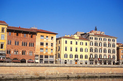 Pisa (demeeschter) Tags: italy toscana pisa architecture leaning tower medieval church basilica city town river cathedral religion roman unesco world heritage attraction building museum