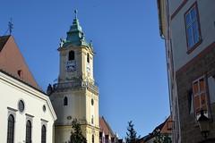 2018-10-05: Keeping It Simple (psyxjaw) Tags: bratislava slovakia central europe trip holiday friday october sun autumn