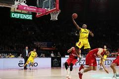 FC Bayern München Basketball - EWE Baskets Oldenburg (pietro86d) Tags: basket basketball fcbayern munich munchen audidome bbl monacobasket euroleague oldenburg hirmer