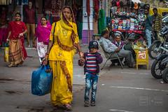 Mother and Son (shapeshift) Tags: in asia bluecity bluecityjodhpur davidpham davidphamsf documentary india jodhpur people rajasthan shapeshift shapeshiftnet shopping southasia street streetphotography travel walking