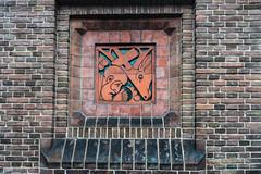20181226-DSC01471 Amsterdam, Netherlands (R H Kamen) Tags: 19101919 amsterdam gelderland holland netherlands otterlo wallbuildingfeature amsterdamschool architecture artdeco artnouveau brick buildingexterior day expressionism facade outdoor outdoors rhkamen