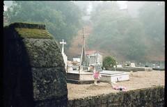 (martine.es) Tags: graveyard cemetery analog analogue analog35 35mm film filmphotography filmphoto kodak kodakportra kodakfilm portra160 portra portugal caramulo caramulinho canonae canonae1 filmcamera