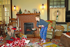 christmasboys2018 (FAIRFIELDFAMILY) Tags: christmas 2018 jason taylor grant carson michelle winnsboro sc south carolina present presents family living room house interior arts crafts craftsman bungalow antique fireplace rug lego legos child boy young old children boys mother son fairfield county vintage tree morris chair oak mantle piece