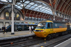 Great Western Railway IET 800015 & HST 43002 Sir Kenneth Grange (Will Swain) Tags: 15 800015 800 iet reading station 21st june 2018 class 43 gwr first group london greater city centre capital south train trains rail railway railways transport travel uk britain vehicle vehicles england english europe great western hst 43002 sir kenneth grange 002 paddington