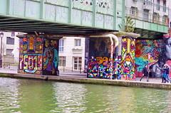 55 Paris décembre 2018 - au bout du Bassin de La Villette (paspog) Tags: paris france décembre december dezember 2018 bassindelavillette graffitis tags streetart mural murals fresque fresques