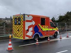 Mercedes Benz Sprinter Ambulance - Luxembourg City, Luxembourg. (firehouse.ie) Tags: cgdis cg1125 vehicules vehicule vehicles vehicle medics ems ambulancia ambulansa ambulans krankenwagen bluesandtwos emergency sprinter mercedessprinter mercedes luxembourg ambulances ambulance