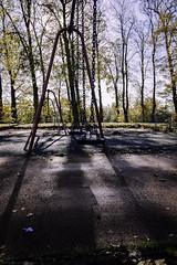 Ferguslie Gardens Autumn (51) (dddoc1965) Tags: dddocdavidcameronpaisleyphotographeroctober25th2018fergusliegardensparkpondswansripplesreflectionsbaloonwaterdewlittertrachplastictreeswoodsidecemeteryautumnhuescolours swingpark playground swings childrensplayarea