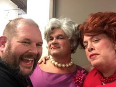 Day 2490: Day 300: Jon, Tim and Bessie (knoopie) Tags: 2018 october iphone picturemail doug knoop knoopie me selfportrait 365days 365daysyear7 year7 365more day2490 day300 tim jon casavalentina theater