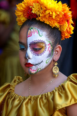 2018 Noche de Altares Santa Ana 8 (Marcie Gonzalez) Tags: ca socal so cal orange county southern festival celebration festivals celebrations day dead dia de los muertos diadelosmuertos tradition traditional honor family friends noche altares nochedealtares night dance dancing festive fun annual event events mexico mexican altar costume costumes paint painted face skull skeleton 2018 dayofthedead dancer dancers north america cultural usa us marcie gonzalez marciegonzalez marciegonzalezphotography photography canon 2018nochedealtaressantaana nochedealtaressantaana altars calif california día