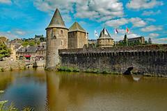 Fougères (werner boehm *) Tags: wernerboehm france fougeres brittany bretagne architecture burh castle